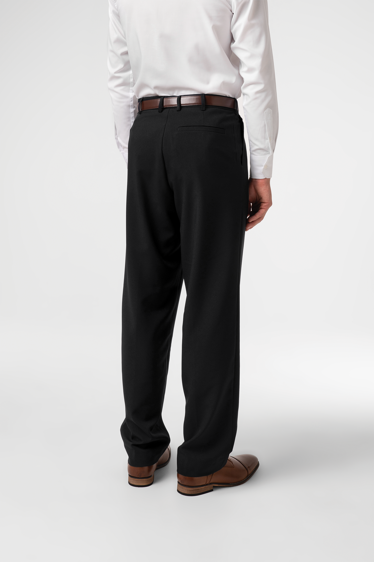Soft Suiting Men's Twin Pleat Trouser - black